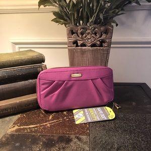 🎈5/$20 TRAVELON RFID Blocking Wallet